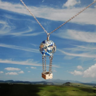 Pendentif montgolfière perle en résine 16mm Bleue