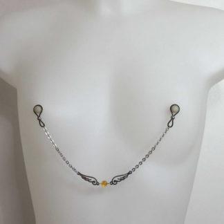 Bijoux pour seins sans piercing, Chaine grande maille, Ange et pierre fine.