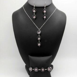 Parure Collier, Bracelet, Boucles d'Oreilles perlé perles donut Hématite et perles Quartz Rose.