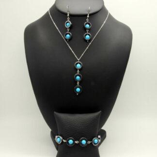 Parure Collier, Bracelet, Boucles d'Oreilles perlé perles donut Hématite et perles Turquoise.